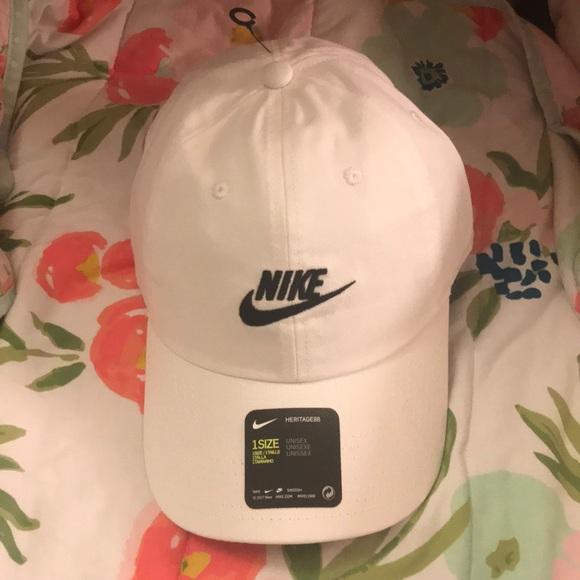 size 40 7e080 d7ba9 Nike Adults  Futura Washed Cap